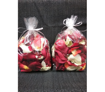 Rose Petals in Guelph ON, Patti's Flower Boutique