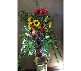 Custom Arrangement in Chattanooga TN, Chattanooga Florist 877-698-3303