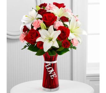 The FTD� Expressions of Love Bouquet in El Paso TX, Executive Flowers