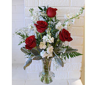 William''s Classic Beauty in West Seneca NY, William's Florist & Gift House, Inc.