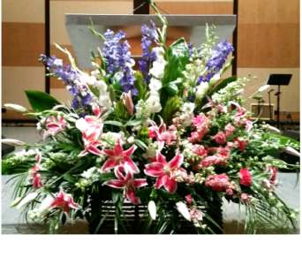 PODIUM ARRANGEMENT 90 in Arlington VA, Twin Towers Florist