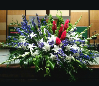PODIUM ARRANGEMENT 102 in Arlington VA, Twin Towers Florist