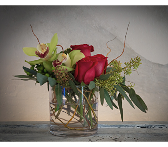 Simply Love in Rogers AR, Shirley's Flower Studio