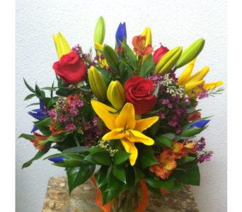 Brighten your day in Arcata CA, Country Living Florist & Fine Gifts