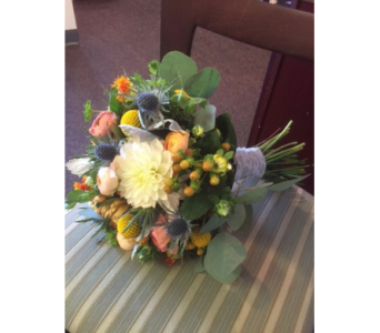 Custom Arrangement in Middletown DE, Forget Me Not Florist & Flower Preservation