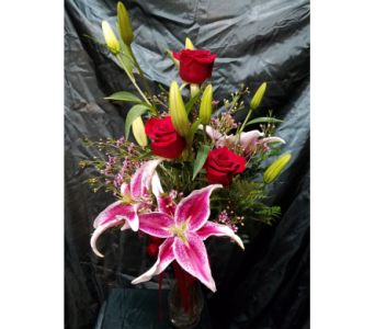 Roses and Stargazer Lillies in Lewiston ID, Stillings & Embry Florists