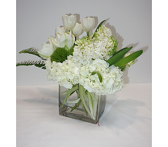 Wonderfully White in Oklahoma City OK, New Leaf Floral Inc