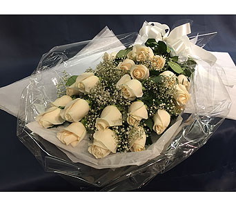 24 White Roses in Markham ON, Freshland Flowers