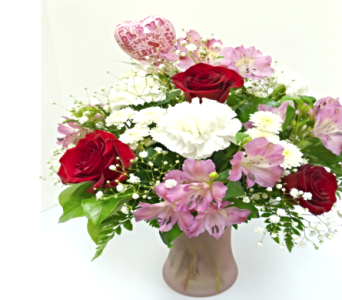 Valentine Mixed Vase in Warren MI, Downing's Flowers & Gifts Inc.