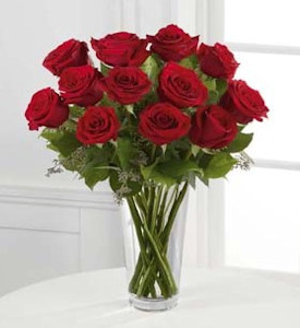 The Long Stem Red Rose Bouquet in Sapulpa OK, Neal & Jean's Flowers & Gifts, Inc.