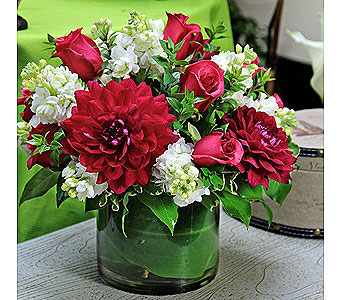 Dancing Dahlias with Roses in Rancho Santa Fe CA, Rancho Santa Fe Flowers And Gifts