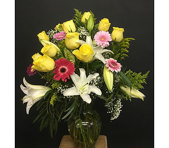 Dozen Roses Premium/WOW Yellow in Tempe AZ, Bobbie's Flowers