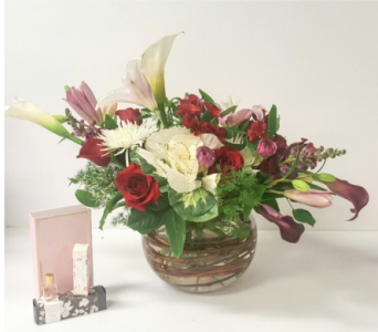 Modern Romance Gift in send WA, Flowers To Go, Inc.