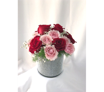 Dehn's Make Her Eyes Sparkle Bouquet in Saratoga Springs NY, Dehn's Flowers & Greenhouses, Inc