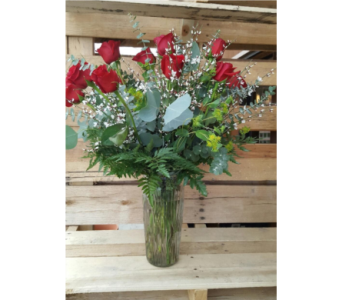 Classic Dozen in Sioux Falls SD, Cliff Avenue Florist