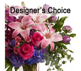Designer's Choice Vase Arrangement in Kelowna BC, Burnetts Florist & Gifts