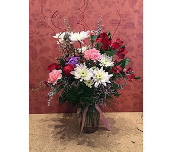 Valentine's Day Special 7 in Hellertown PA, Pondelek's Florist & Gifts