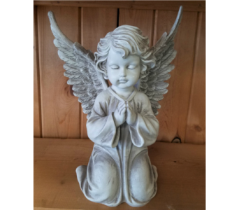 Kneeling Angel in Moorhead MN, Country Greenery