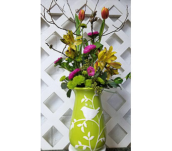 Deal of the Day Spring Vase Arrangment in Fincastle VA, Cahoon's Florist and Gifts