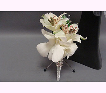 White Boutonniere in San Diego CA, Mission Hills Florist
