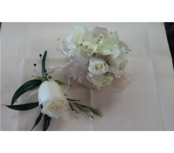 White Rose with Hydrangea in Brecksville OH, Brecksville Florist