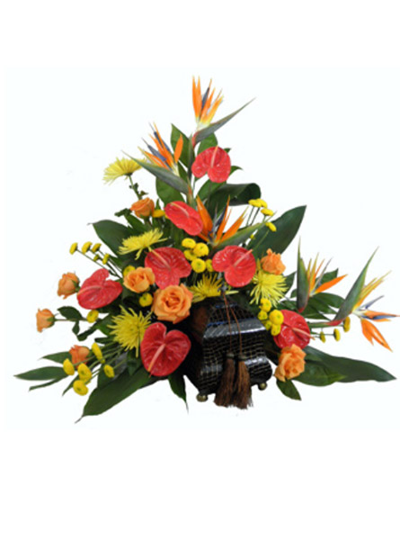 Tropical Paradise Cremation Setting in Arlington Heights IL, Sylvia's - Amlings Flowers