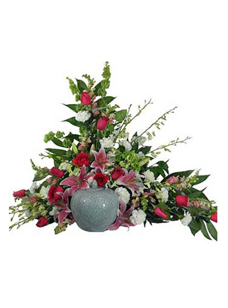 Love's Garden Cremation Setting in Arlington Heights IL, Sylvia's - Amlings Flowers