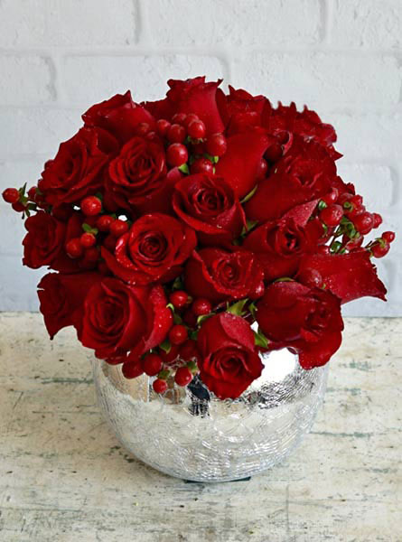 Scarlet Blossoms in Omaha NE, Stems Florist