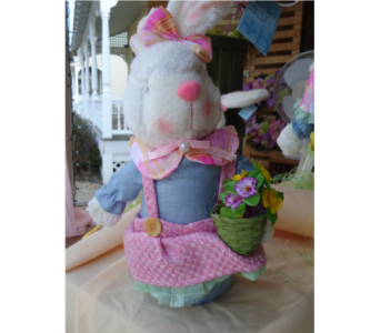 Miss Bunny! in Saratoga Springs NY, Dehn's Flowers & Greenhouses, Inc