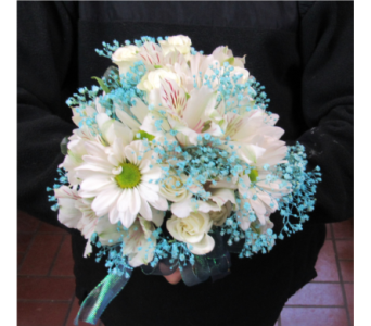 Daisy Prom Bouquet in Royersford PA, Three Peas In A Pod Florist