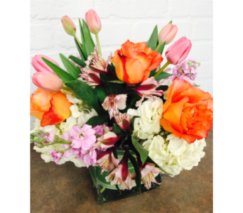 Spring Medley in Redwood City CA, Redwood City Florist