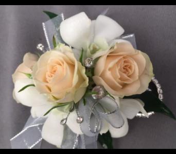 Corsages Boutonnieres Delivery Bowmanville On Van Belle Floral