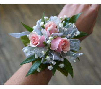 Sweet Rose Corsage in Muskegon MI, Wasserman's Flower Shop