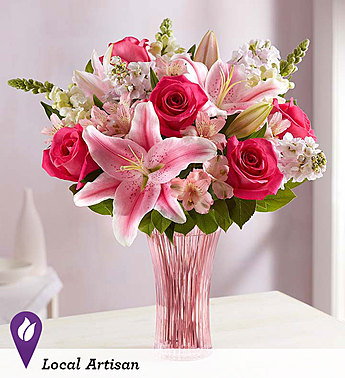 Embrace Bouquet in Camp Hill and Harrisburg PA, Pealers Flowers