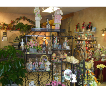 SHOP DISPLAYS in Evansville IN, Cottage Florist & Gifts