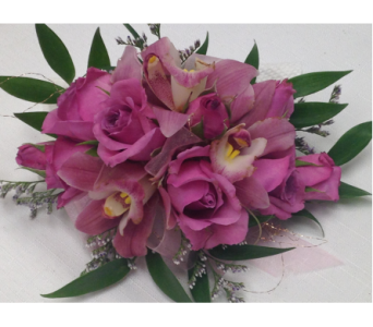 CUSTOM in Crafton PA, Sisters Floral Designs