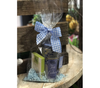Tea & Cookie Gift Set in Creedmoor NC, Gil-Man Florist Inc.