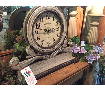 Victorian Mantle Clock in Owensboro KY, Welborn's Floral Company