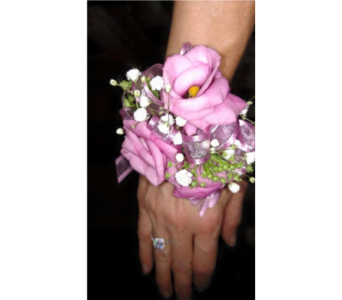 custom 16 in Loudonville OH, Four Seasons Flowers & Gifts