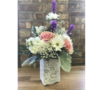 Summer Lace in Batavia IL, Batavia Floral in Bloom, Inc