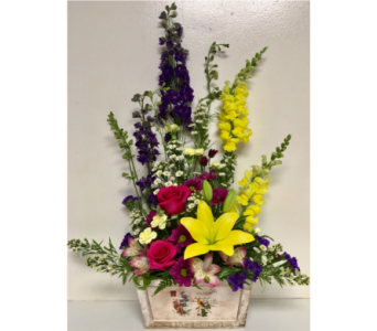 Summer Golden Finch Floral Arrangement in Wyoming MI, Wyoming Stuyvesant Floral