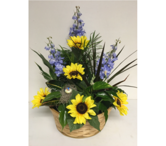 Sunflower Season Basket Planter - 12 inch basket in Wyoming MI, Wyoming Stuyvesant Floral