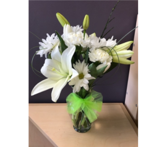 Lily & Daisies in Spruce Grove AB, Flower Fantasy & Gifts