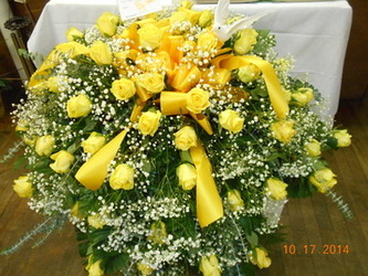 Yellow Rose Casket Spray in Middletown OH, Flowers by Nancy
