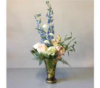 Helaman Flower Arrangement in Walla Walla WA, Holly's Flower Boutique