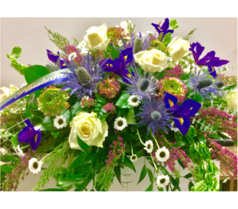 Custom in Northfield MN, Forget-Me-Not Florist