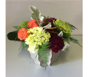 Monroe Flower Arrangement in Walla Walla WA, Holly's Flower Boutique