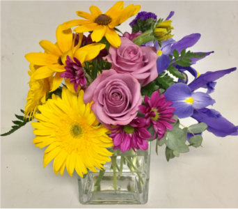 Summer Equinox 4x4 Glass Cube Arrangement in Wyoming MI, Wyoming Stuyvesant Floral