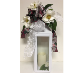 Magnolia and Lace Manhattan Lantern w/ LED Candle in Wyoming MI, Wyoming Stuyvesant Floral