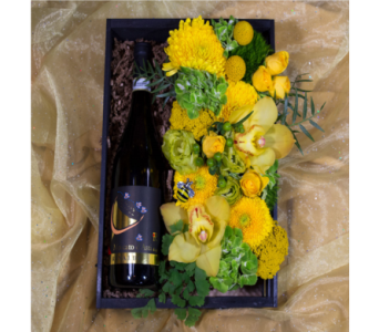Bee Swanky Champagne Crate in Reno NV, Bumblebee Blooms Flower Boutique